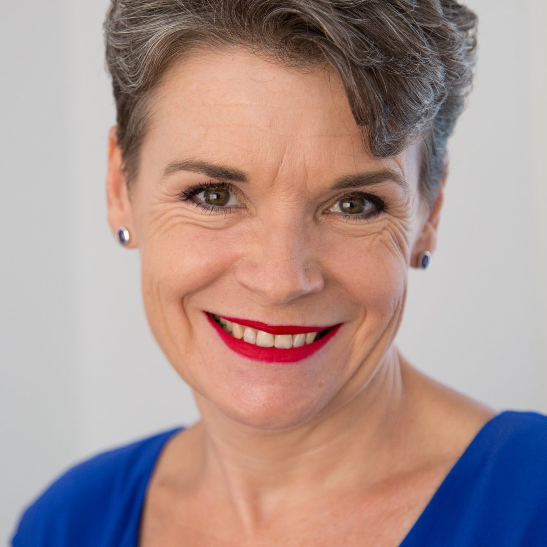 Ann Whitaker Headshot